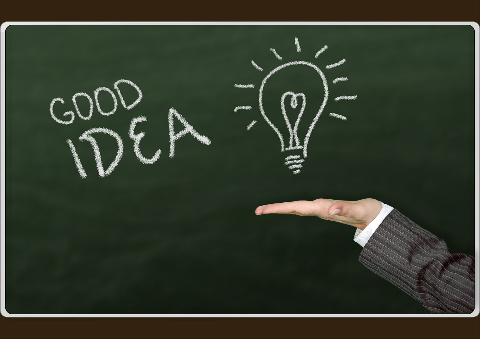 視点の転換でアイデアを生み出す方法!オズボーンのチェックリスト